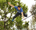 chest bounce on slackline